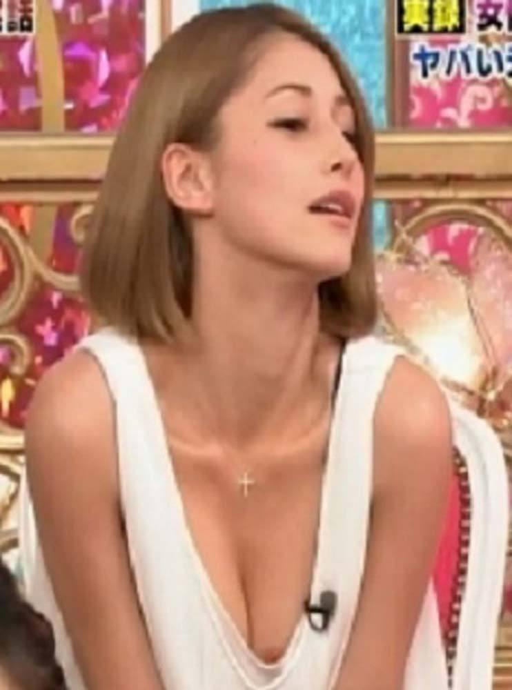 ダレノガレ明美 おっぱいポロリや乳首のお宝エロ画像54枚